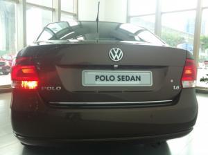 (So Hot)VW Polo 1.6L sx 2015, màu trắng, nhập khẩu chính hãng giảm 30 triệu+ 1 năm bảo dưỡng kèm dán phim 3M