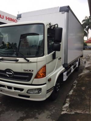Xe tải Hino FC9JJSW 5.7 tấn thùng bảo ôn, giá cực tốt, khuyến mãi BHDS và BHVC