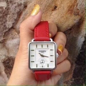 Đồng hồ thời trang hot nhất hiện nay