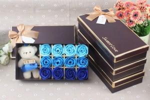 Quà tặng đặc biệt Hoa Hồng Sáp Thơm 12 Bông Kèm Gấu cực dễ thương - MSN383088