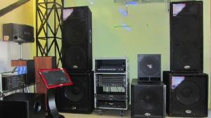 Nhận lắp đặt khung backdrop sân khấu thiết bị âm thanh ánh sáng giá rẻ