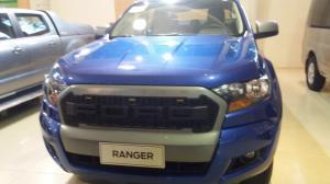 Khuyến Mãi Ford Ranger XLS MT 2017, trả trước 150 triệu, giao xe ngay và luôn