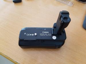 Grip BG E2 cho Canon 30D , 40D ,50D