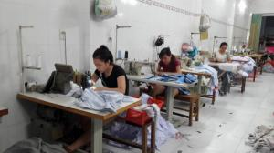 Xưởng may gia công Trang Trần – Nhận cắt may...