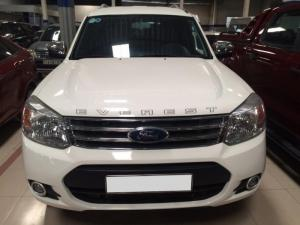 Ford Everest 4x2 MT 2015, màu Trắng camay, xe...