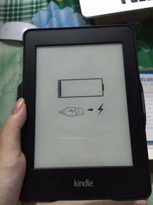 Bán gấp máy đọc sách hiệu Kindle