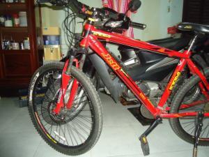 Xe đạp thể thao hiệu JETT ATOM PRO