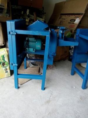 Máy chăn nuôi mới tích hợp chức năng của Máy thái chuối và máy nghiền ngô khoai sắn