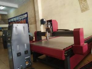 Máy cnc 1325, máy cnc đục gỗ điêu luyện