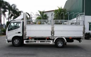 Hino tải Dutro WU342L 110HD thùng mui bạt 4 tấn giá 480 triệu