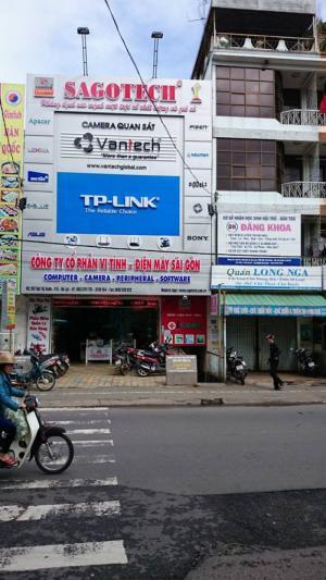Đối diện trường Bùi Thị Xuân
