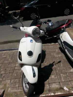 Cho thuê xe máy vespa