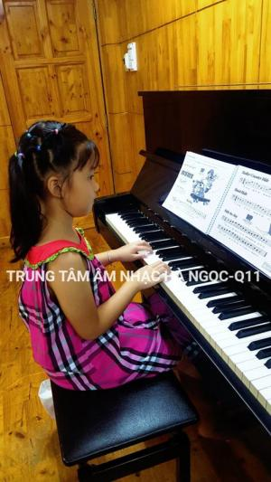 Chiêu sinh Piano , Guitar , Thanh Nhạc chỉ 350k/tháng