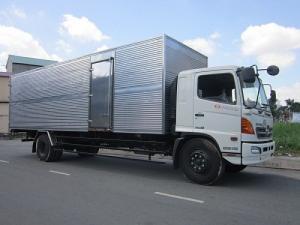 Xe tải Hino 15 tấn FL8JTSA thùng kín dài 7m7 giá rẻ cạnh tranh