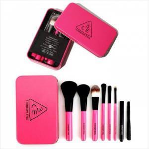 Bộ cọ Mini Pink Brush 7 cây 3CE