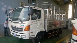 Giá bán xe tải Hino FC9JESW (4x2) 6.4 tấn/6.2 tấn/ 6T4 thùng 4m4 giá siêu rẻ