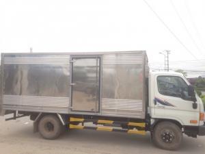 xe tải Hyundai HD700 7.5 Tấn Đồng Vàng-Thùng kín Inox