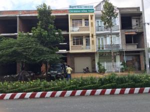 Bán nhà xây thô liên kế 1 trệt 2 lầu, đường Trần Thị Nhượng, phường 1, thành phố Sa Đéc