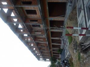 Bán nhà xây thô 1 trệt 2 lầu tại ngã 5 xã Tân Thành