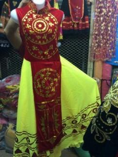 May bán trang phục biểu diễn tre em và chuyên nghiệp hoa phượng
