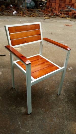 Ghế cafe sắt gỗ giá rẻ
