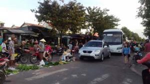 Lô Góc 600m2 Mặt Tiền QL13, Ngay Chợ, SHR