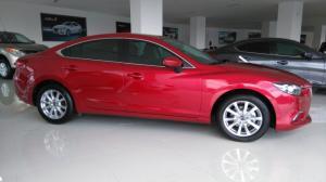 Mazda 6 full option, ưu đãi khủng, xe đủ màu, giao xe ngay