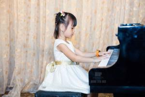 Dạy thanh nhạc – Piano giá 350k/tháng tại Quận 11,quận Bình Thạnh