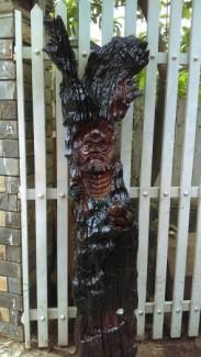 Cần bán gấp bức tượng đối ...dát mà xù to  góc gỗ hương