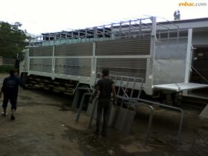 Xe tải Hino FG8JPSU thùng mui bạt 9m7 tải trọng 9.4 tấn