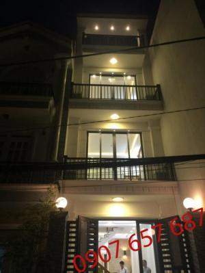 Bán nhà cao cấp 3 lầu, 4 phòng ngủ, 1 phòng...