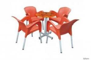 Trực tiếp sản xuất bàn ghế cafe nhựa đúc