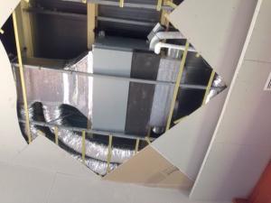 Thi công lắp đặt máy lạnh âm trần - giấu trần - tủ đứng 3 ngựa giá tốt nhất tại quận 12.