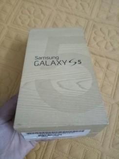 Samsung galaxy chính hãng trắng mới 100%