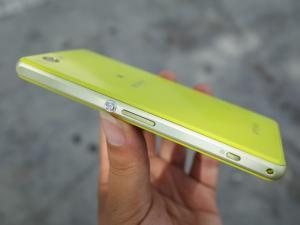Sony Xperia Z1 conmpact Phiên bản Nhật Nguyên Zin 100%- Phụ kiện Zin đét.