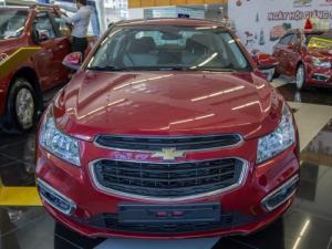 Sỡ hữu ngay Chevrolet Cruze LT ( đỏ ) đời mới nhất