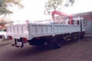 Bán xe tải HINO 4.5 tấn, gắn cẩu UNIC 3 tấn 4 khúc