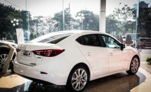 Mazda 3 1.5 sedan 2016 mới 100% giá 678 triệu