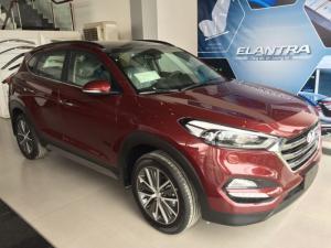 Khuyến Mãi Khủng Cho Hyundai Tucson Full Màu Đỏ - Vàng Cát
