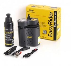 Sản phẩm bao gồm: 1 dụng cụ bơm hơi, 1 chai dung dịch (250ml), 1 bộ dây cáp chuyên dụng