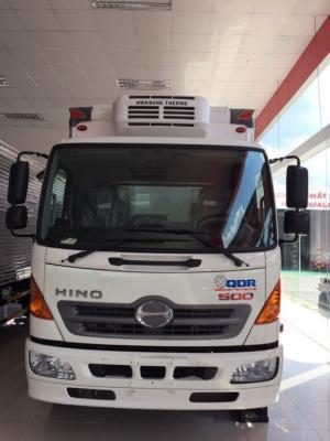 Xe tải Hino 6 tấn thùng đông lạnh, giá bán siêu hấp dẫn