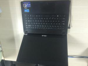Asus máy tính