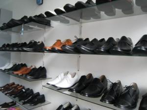 Giày VIỆT NAM- Giúp cao thêm từ 3 đến com, cho người đi nước ngoài, sắp cưới vợ