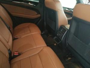 Bán mercedes GLE400 Exclusive 2016, màu trắng nội thất nâu,khuyến mãi lên đến 100 triệu