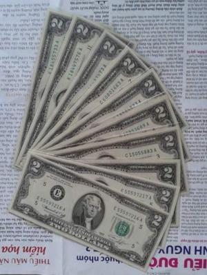 Tiền lì xì 2 dola usd may mắn mỹ 1976 đẹp.