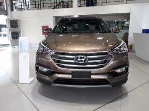 Hyundai Santafe full option, xe có sẵn, giao ngay trong tuần.