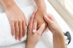Học Xoa bóp bấm huyệt - Vật lý trị liệu tốt cho sức khỏe