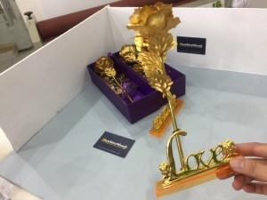 Quà Tặng Ý Nghĩa, Hoa Hồng 3D mạ vàng LOVE - MSN383087