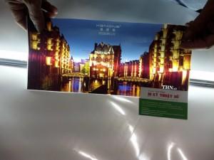 Thành phẩm in UV silk cao cấp, in UV cuộn, tranh silk UV in số lượng lớn cho trang trí nội thất nhà ở, showroom, nhà hàng, khách sạn, văn phòng công ty, nhà sách, cửa hàng, in tranh treo tết, trang trí nhà đẹp