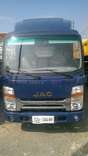 Xe tải JAC 3.45 tấn thùng kín
